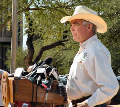Arizona Fast and Furious Sheriff's Press Conference Sheriff' Larry Dever image